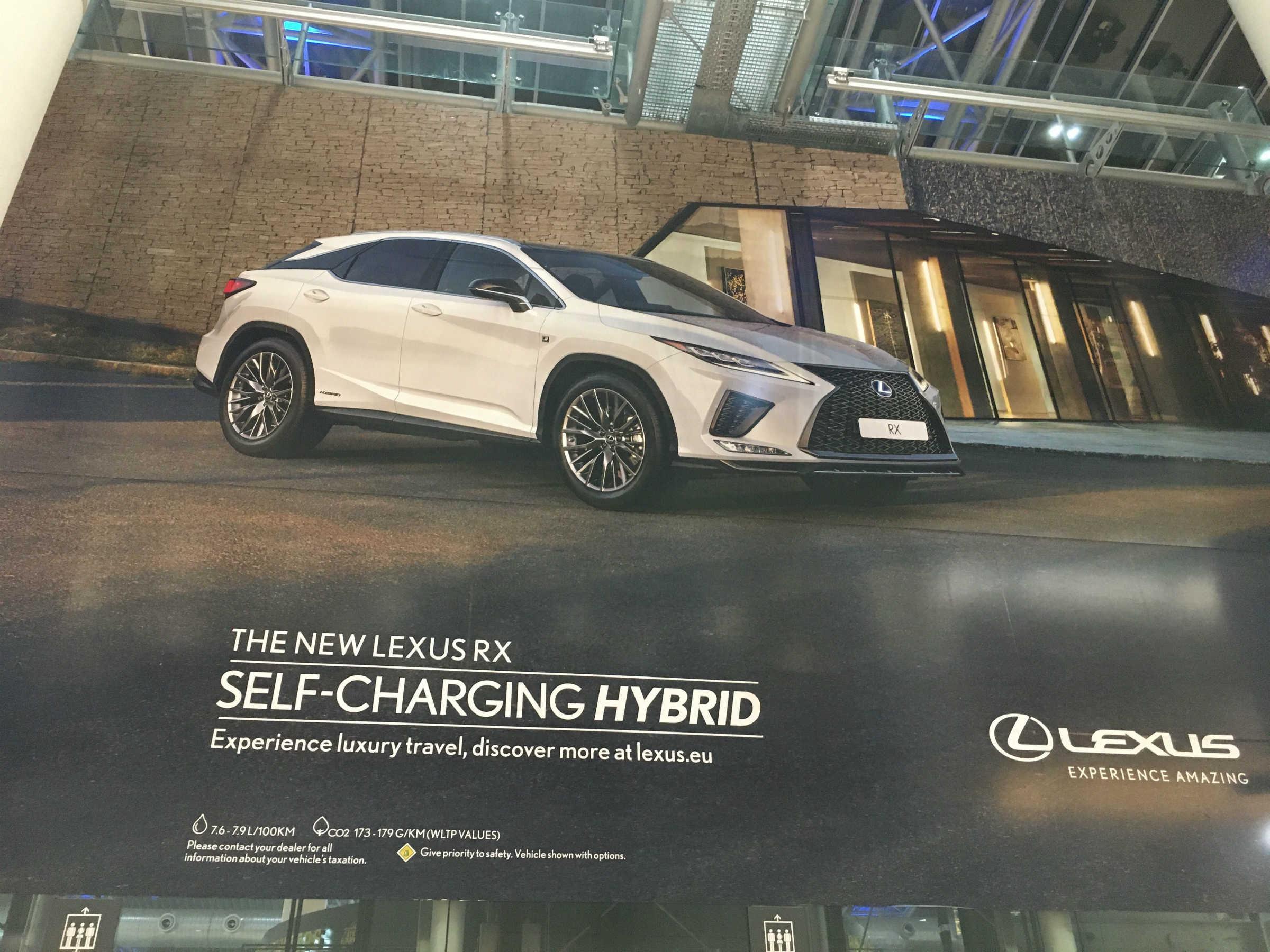 Toyota hybrydy bez ładowania