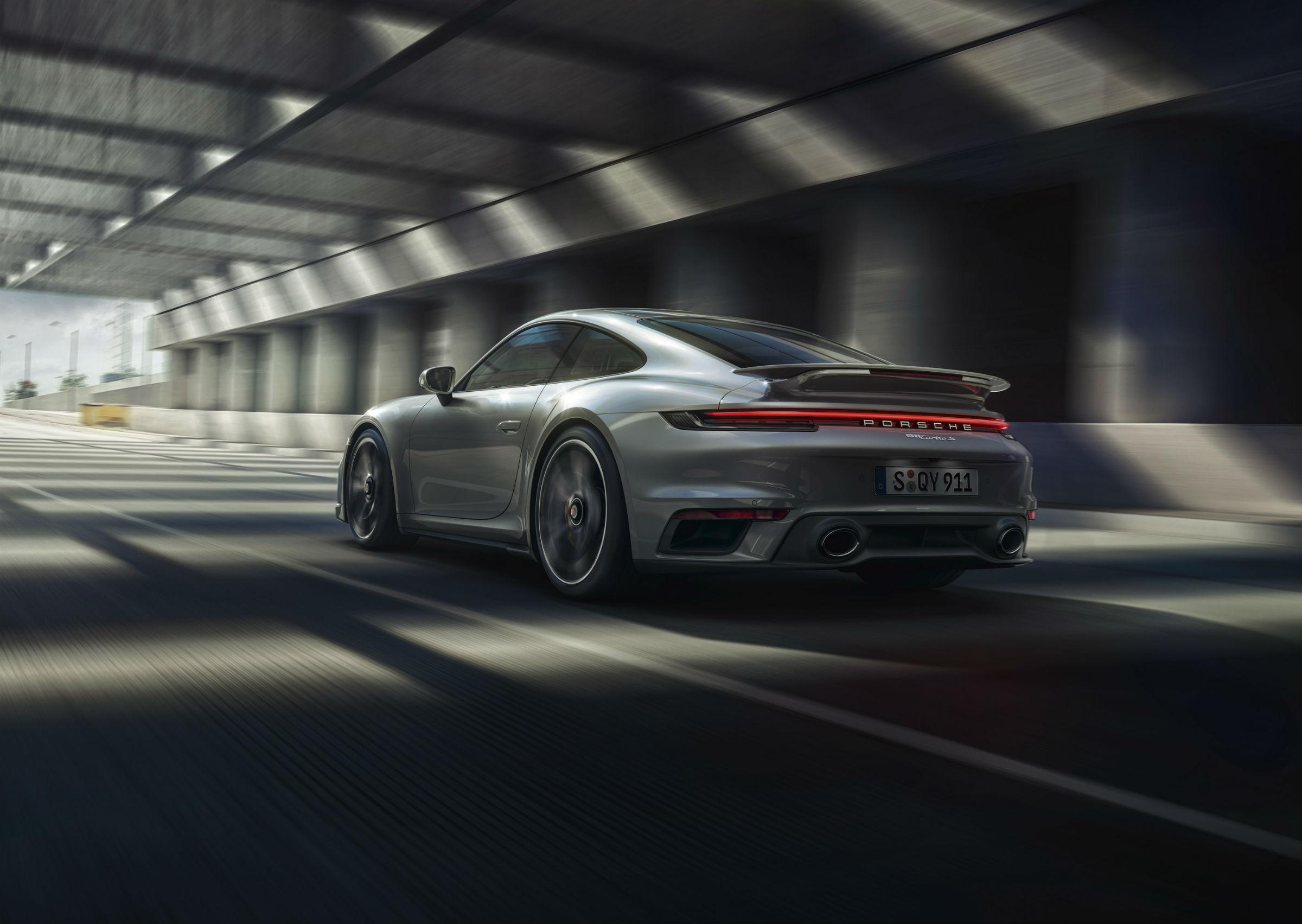 Porsche 911 Turbo S: prezentacja detali na wideo