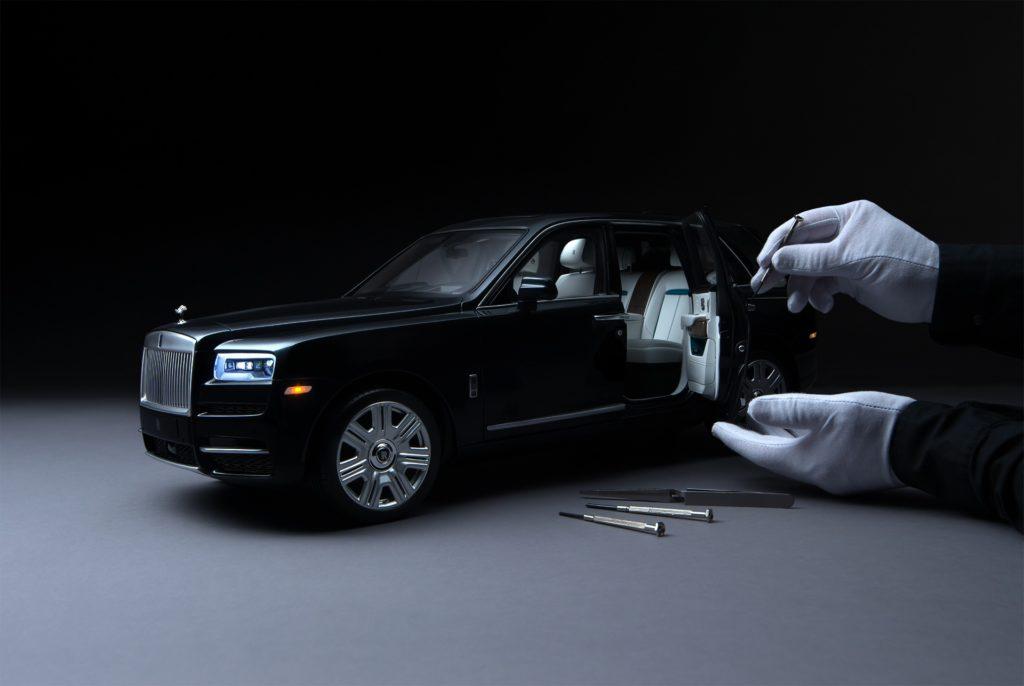 Rolls-Royce Cullinan 1:8
