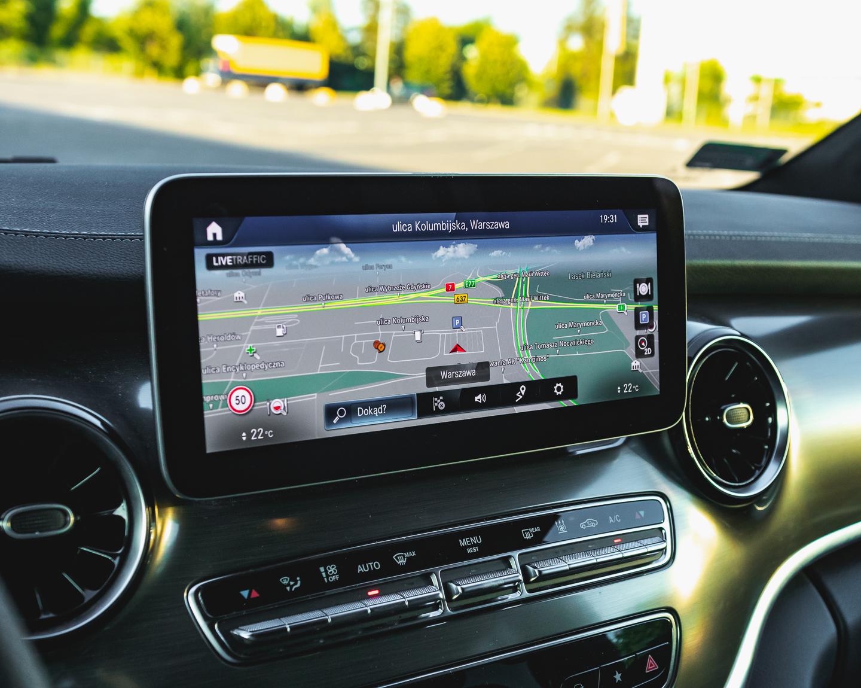VW Multivan czy Mercedes V