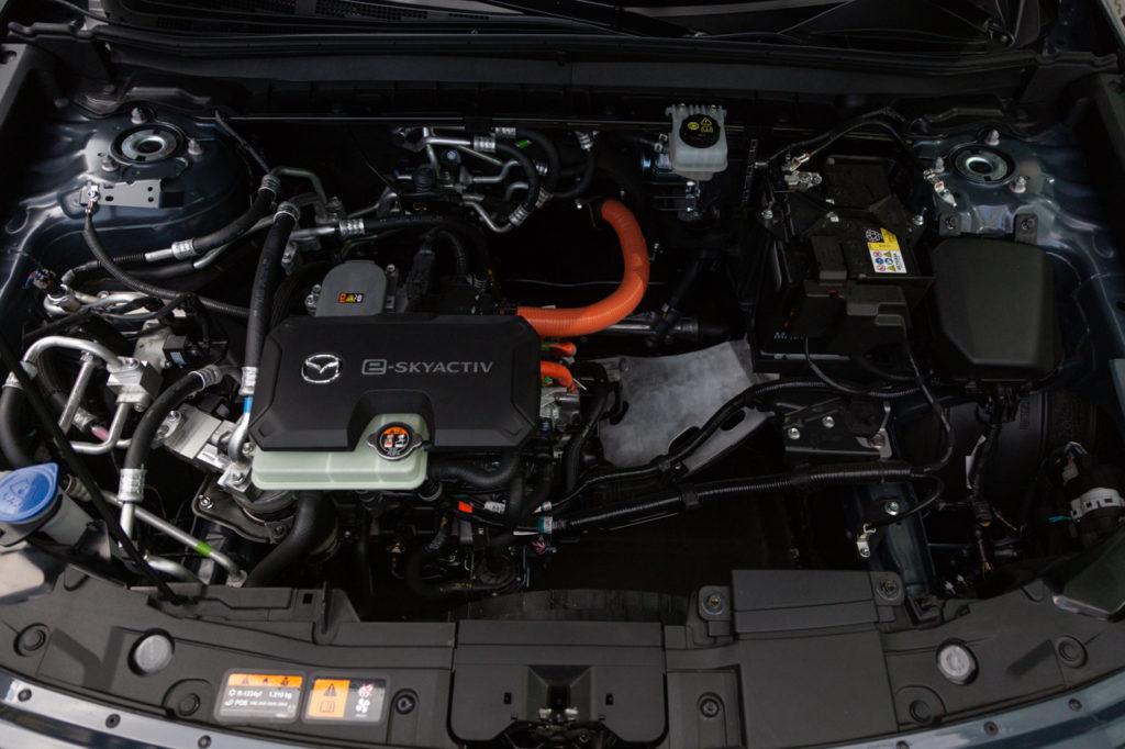 silnik mazdy mx-30