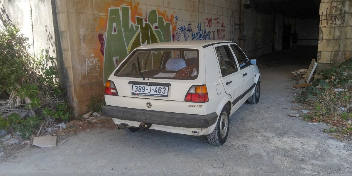 Volkswagen Golf TAS