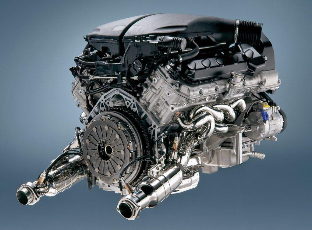BMW M5 silnik