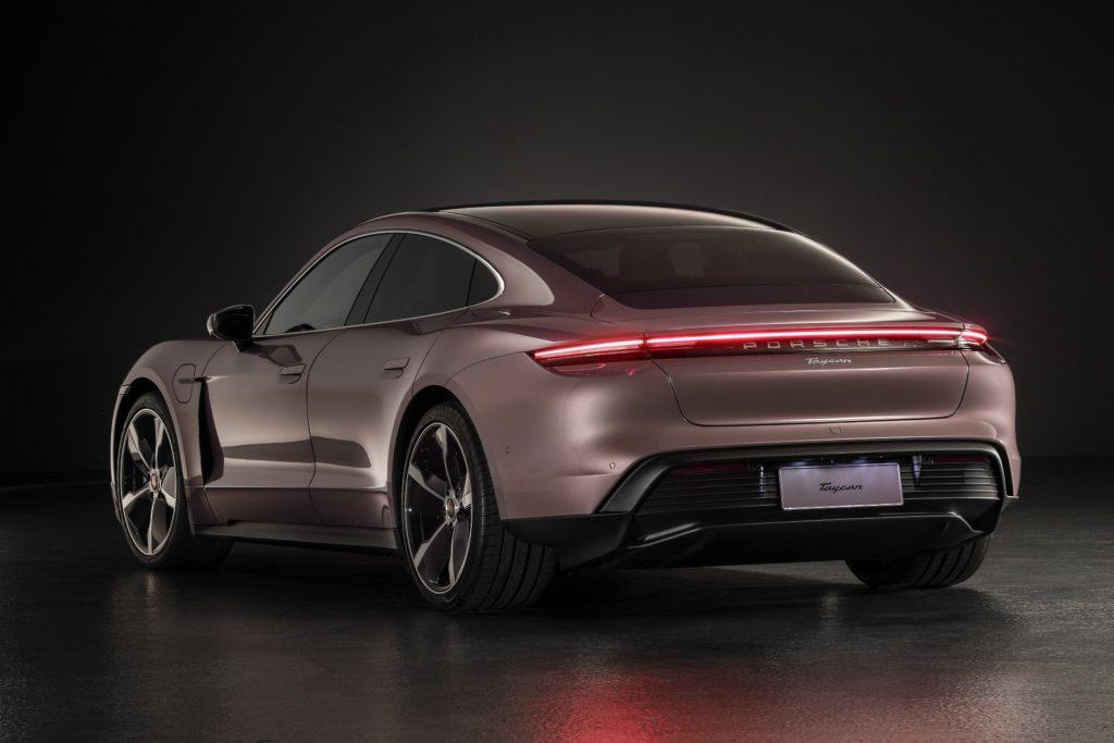 Porsche Taycan cena