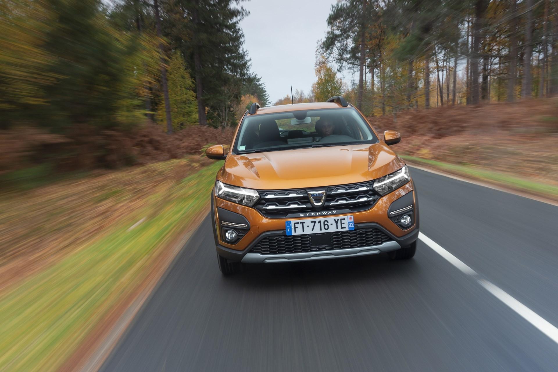 sprzedaż nowych aut we francji