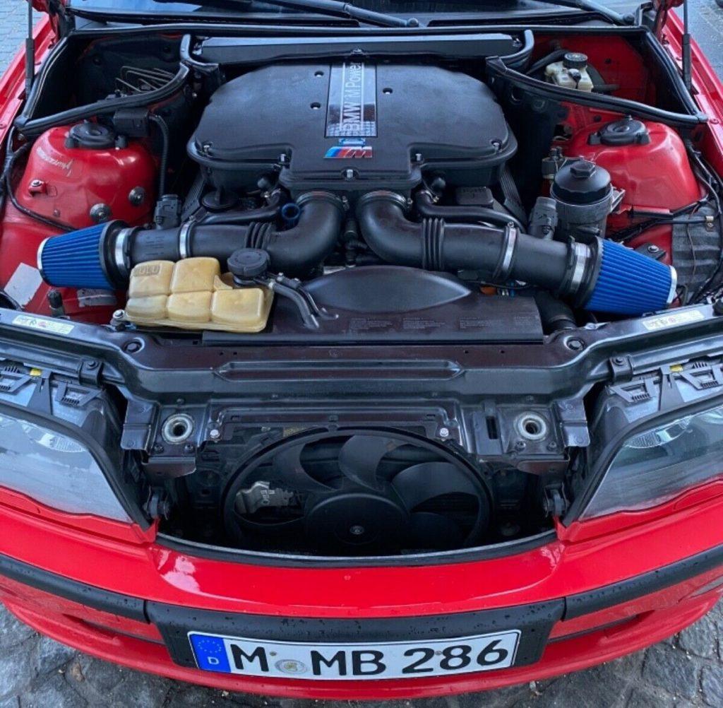 BMW 3 E46 V8