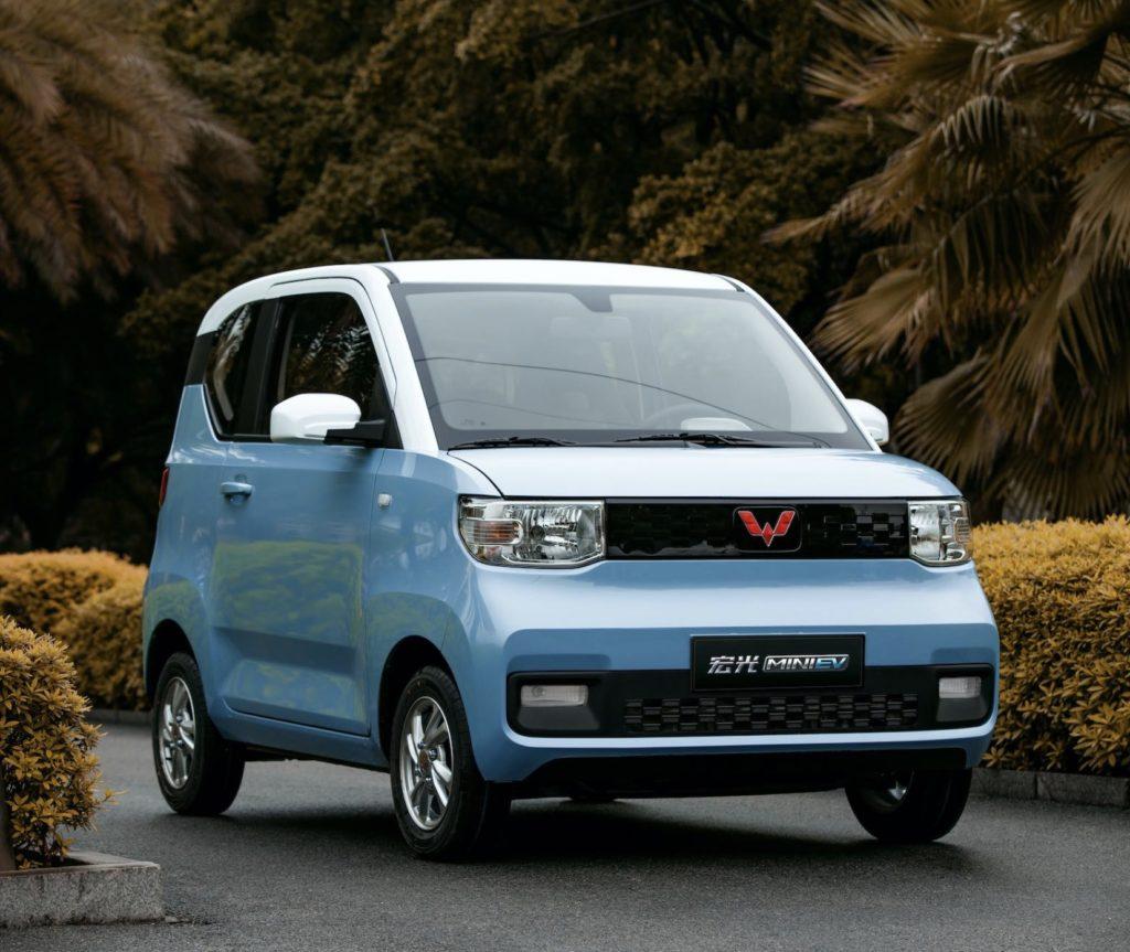 chiński samochód elektryczny