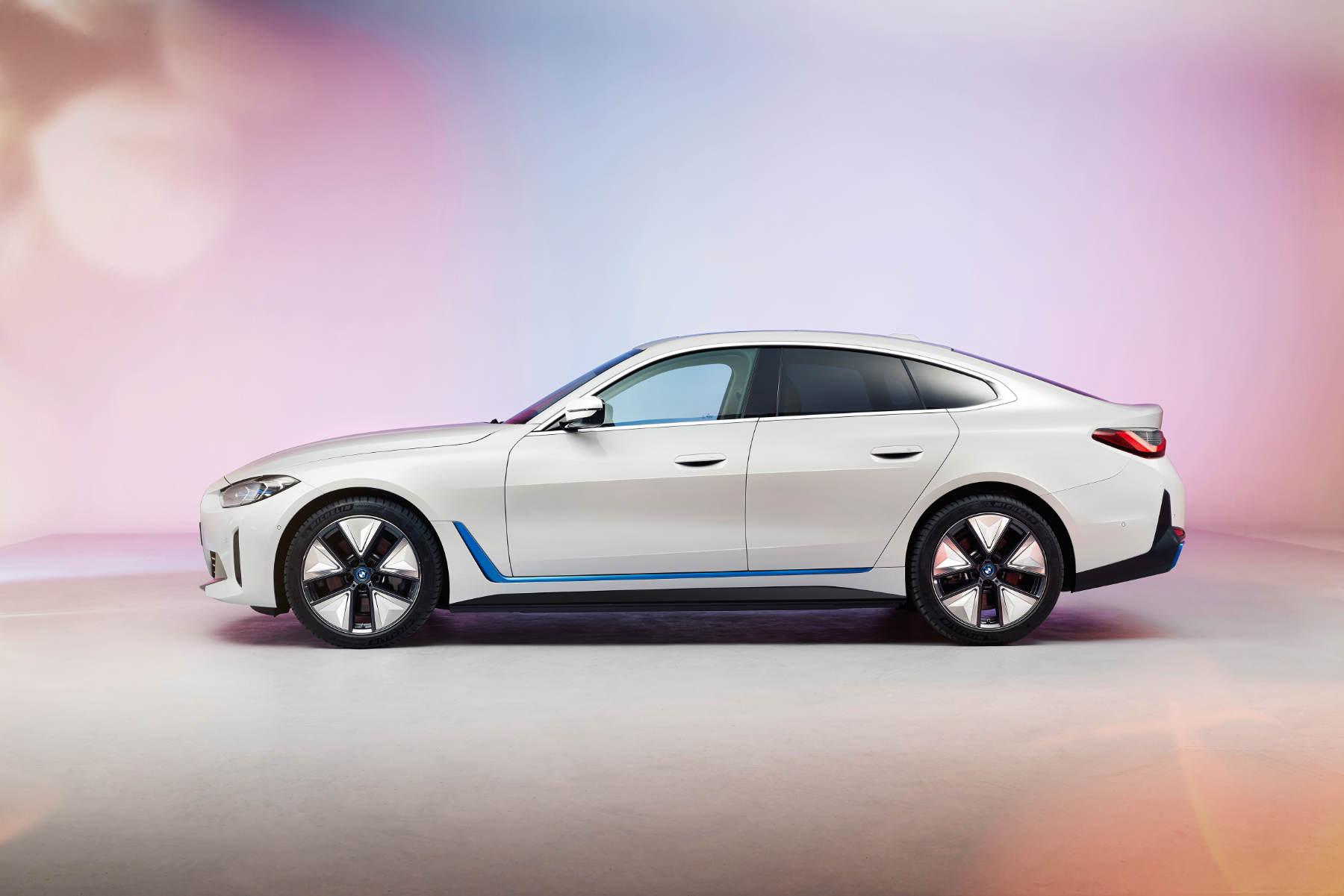 BMW i4 premiera