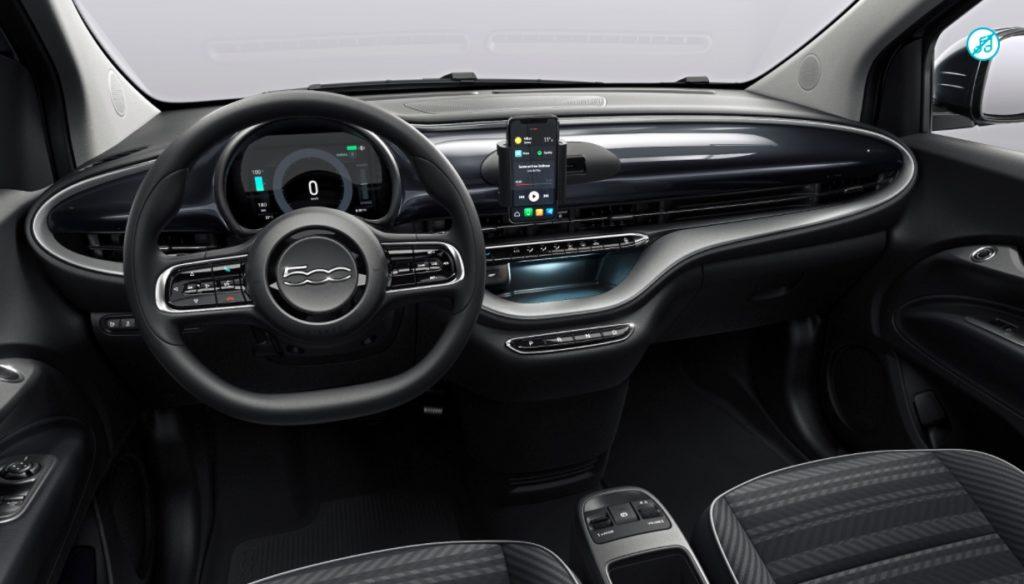 system multimedialny Fiat 500