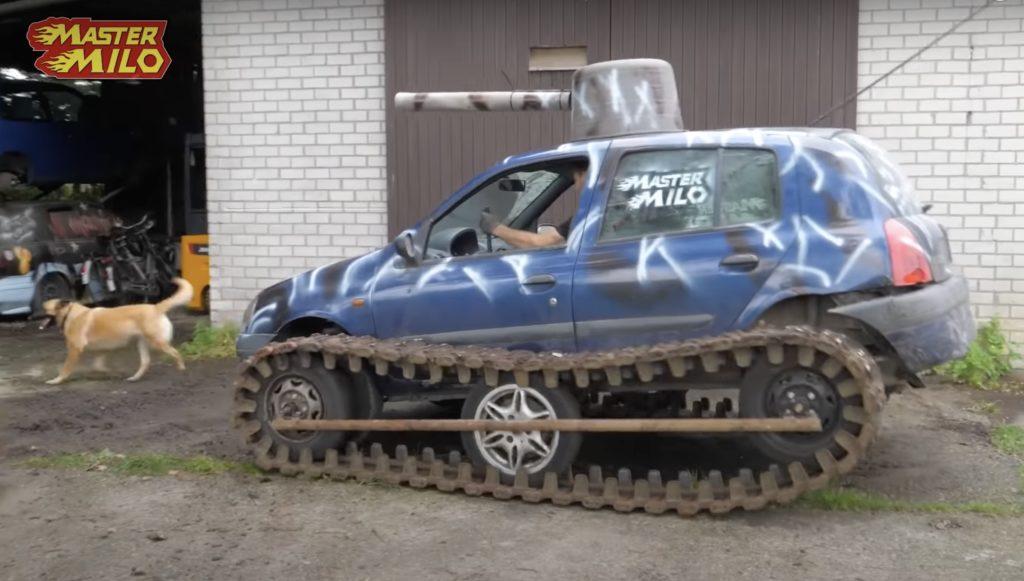 renault clio czołg