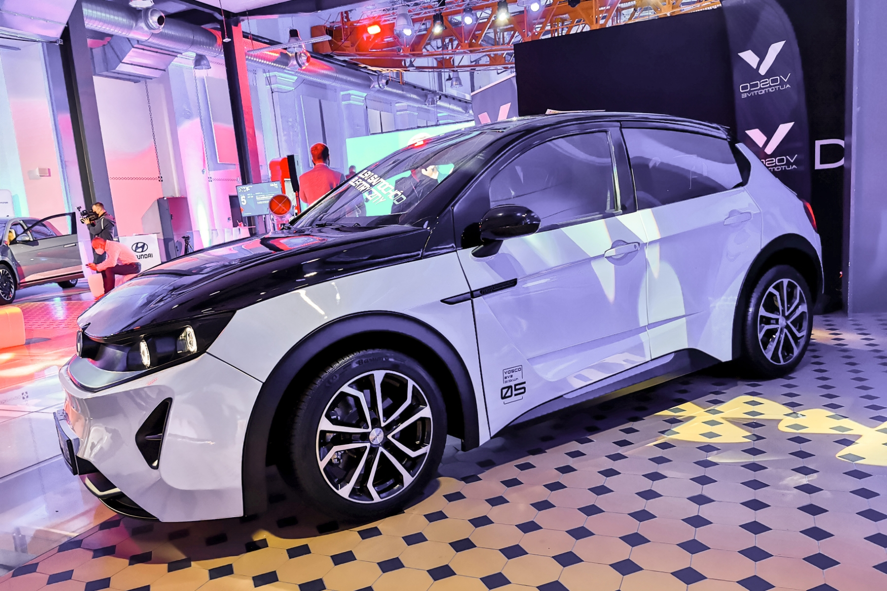 polski samochód elektryczny Vosco EV2