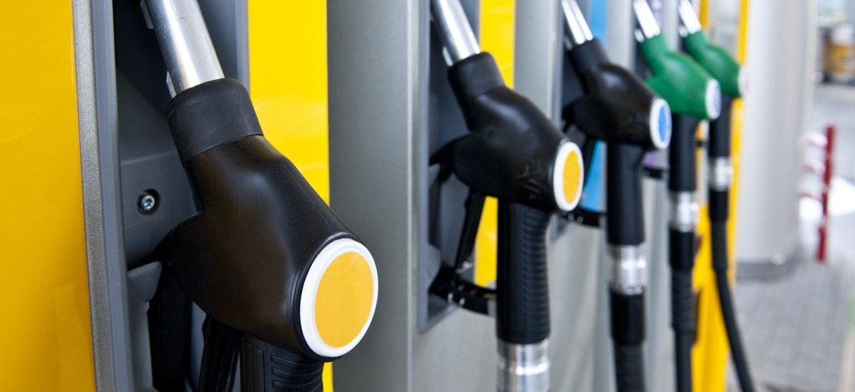 Ponad 60% skontrolowanych stacji benzynowych oszukuje swoich klientów na ilości paliwa!