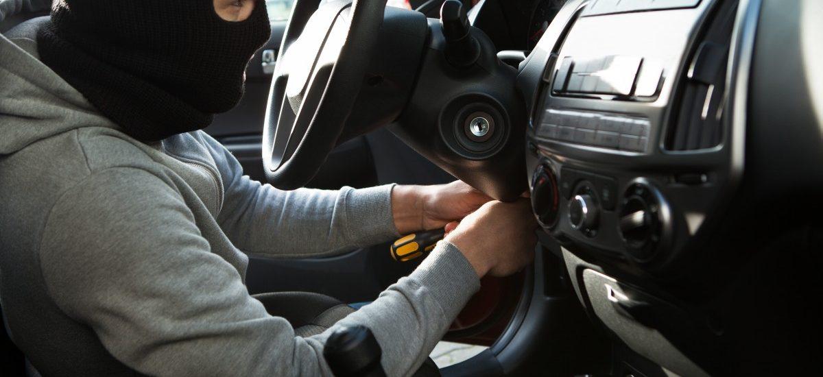 Odszkodowanie z AC, nawet gdy skradziono auto z dowodem rejestracyjnym i kluczykami