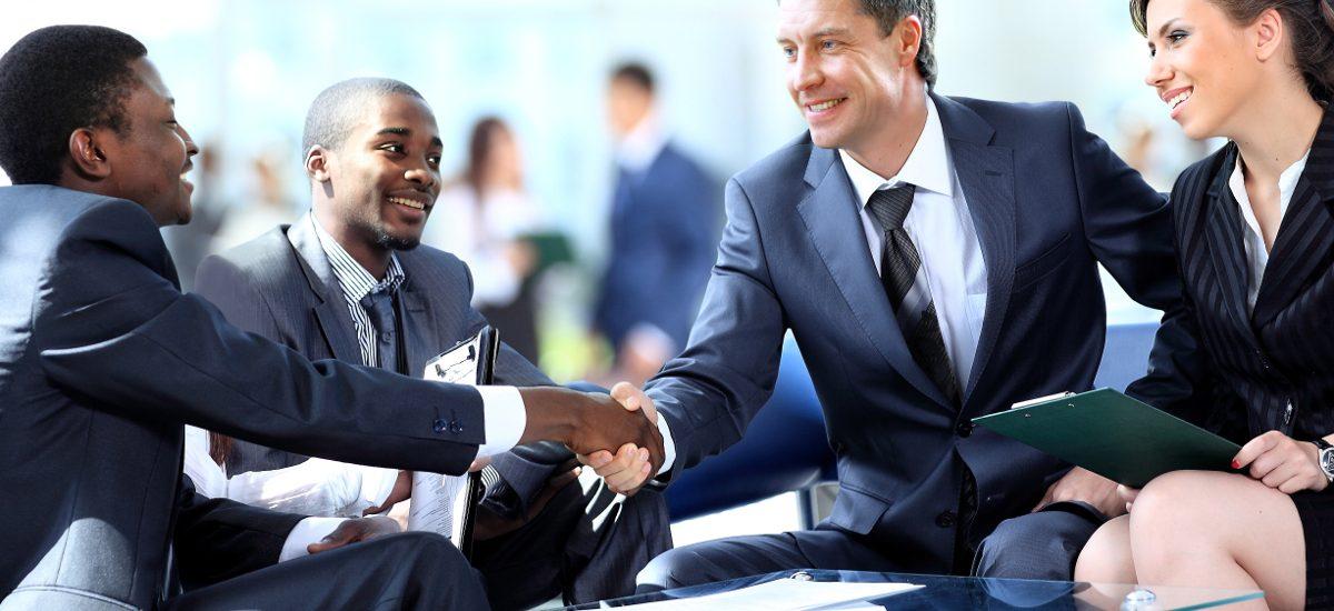 Czy parafowanie umów jest konieczne?