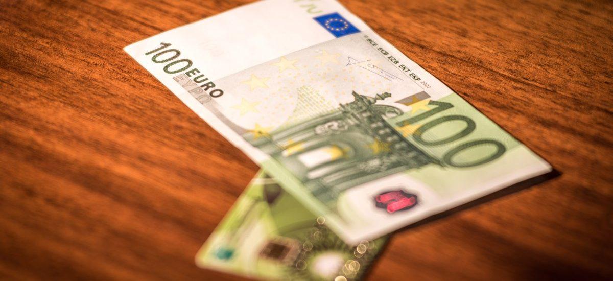 Coraz większe wymagania banków wobec klientów używających kart płatniczych