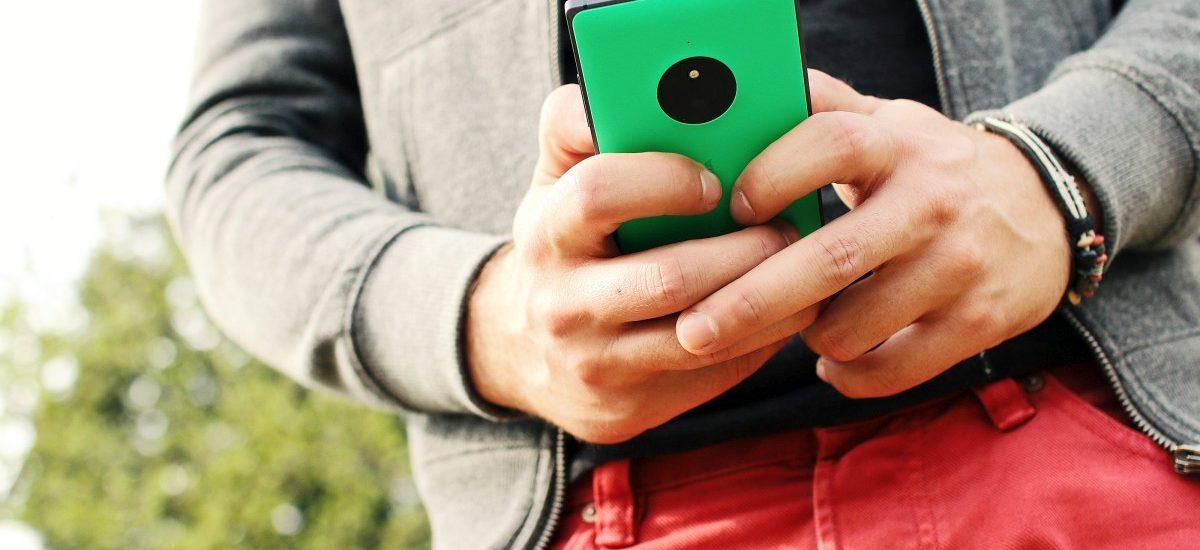 Umowa z operatorem może być rozwiązana jeśli nie dostaniesz pełnej instrukcji do telefonu