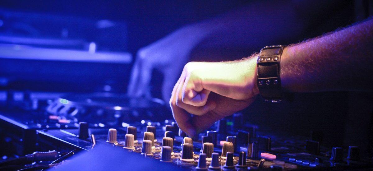 Zmiany w opłatach dla ZAiKS za odtwarzanie muzyki