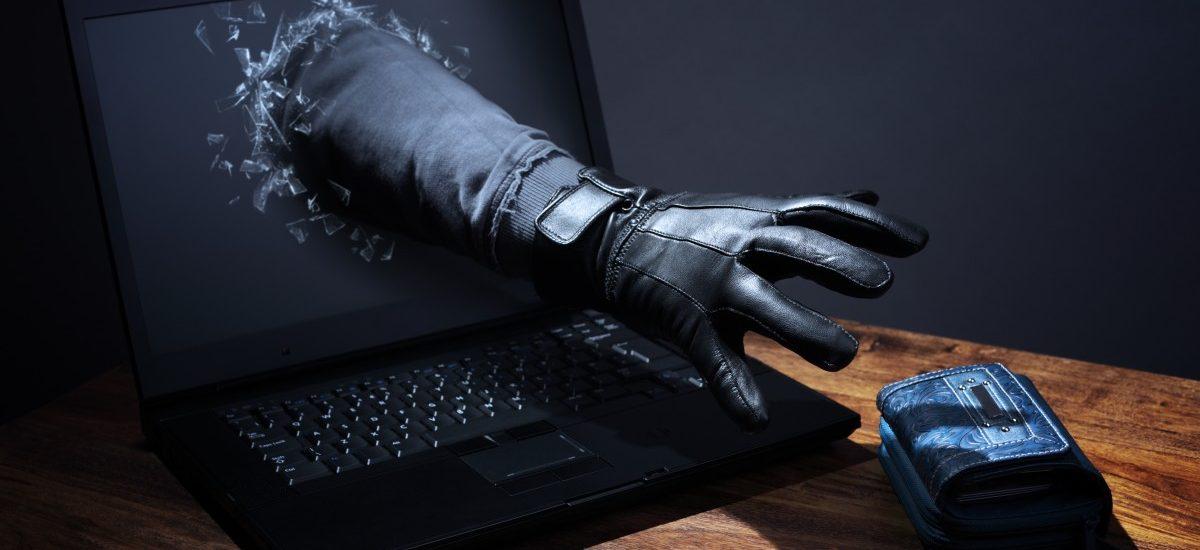 Plusbank stracił dane klientów – haker chce okupu