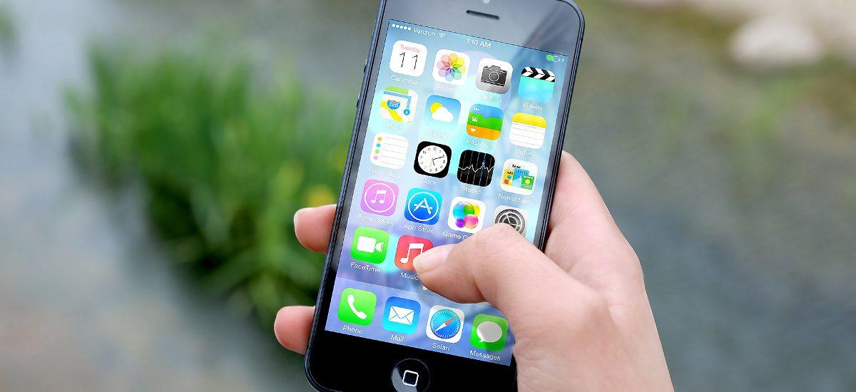 Najnowszy iPhone do testów za 1zł – uwaga na ogłoszenia od oszustów!