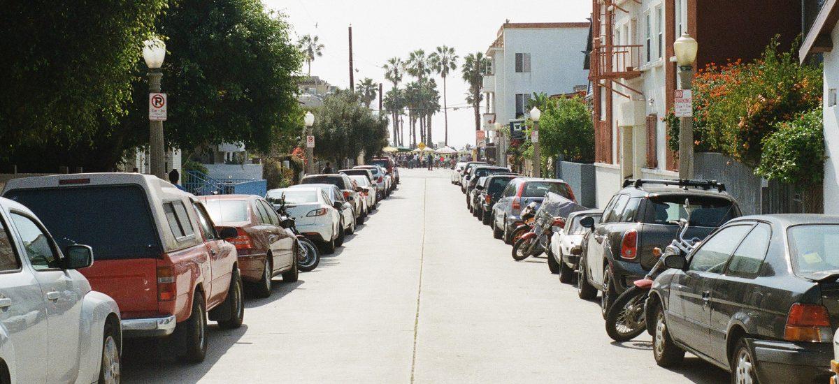Na brak miejsc parkingowych pod blokiem pomoże Straż Miejska