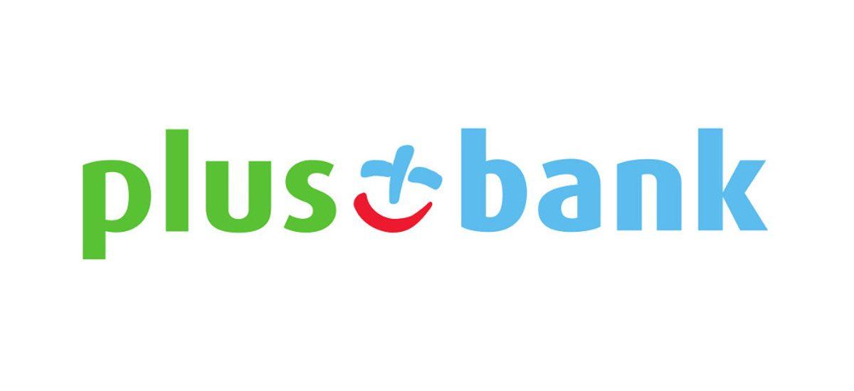 Plus Bank po ataku robi niewiele, ale chociaż zastrzegł już część kart