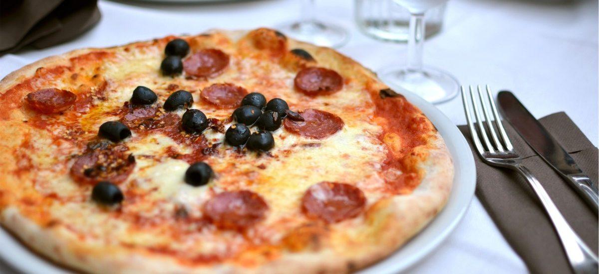 Włosi chcą wprowadzenia licencji na pizzę!