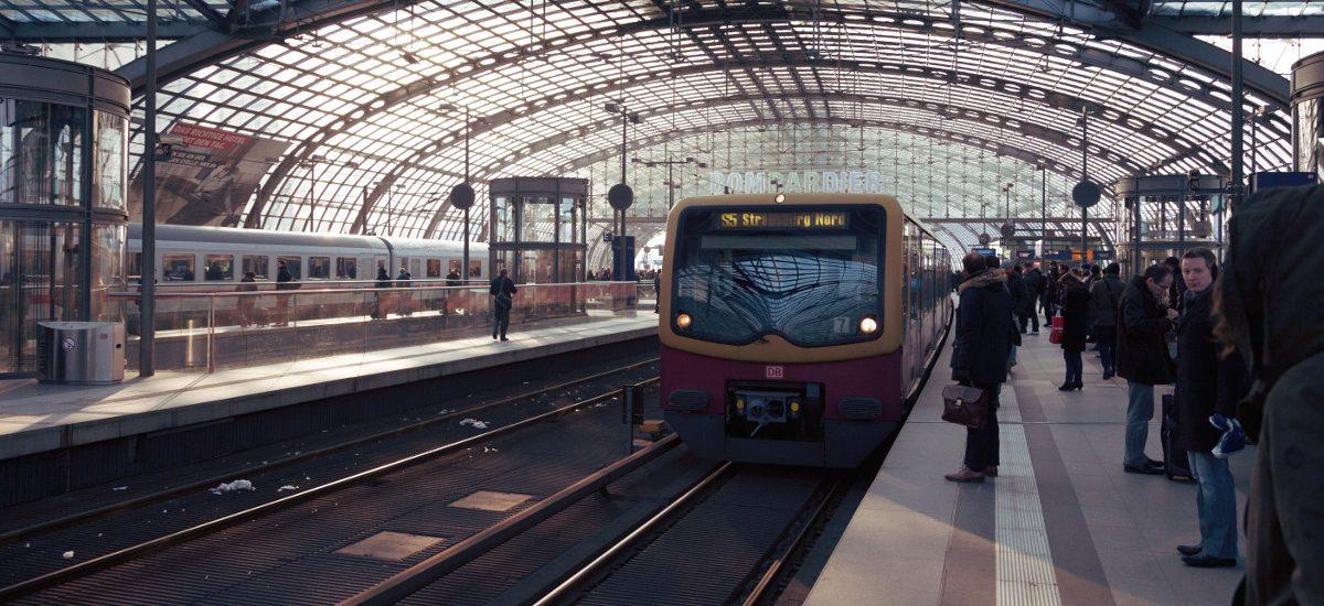 Nowe zabezpieczenia pociągów, w tym prześwietlanie bagaży w UE