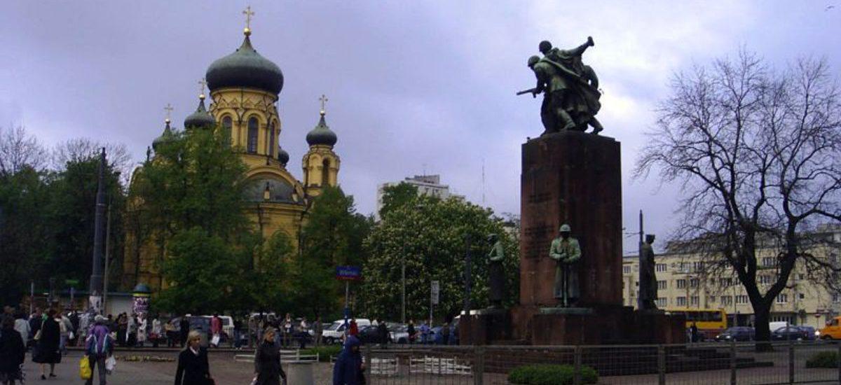 Nie ma kary za niszczenie komunistycznych pomników