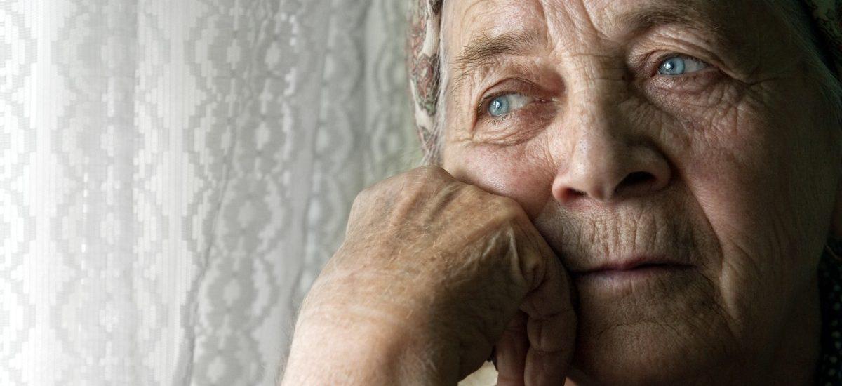 Znów naciągają staruszków na pakiety medyczne!