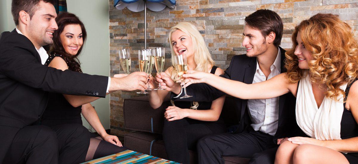 Kto płaci za wybryki gości na domowej imprezie?