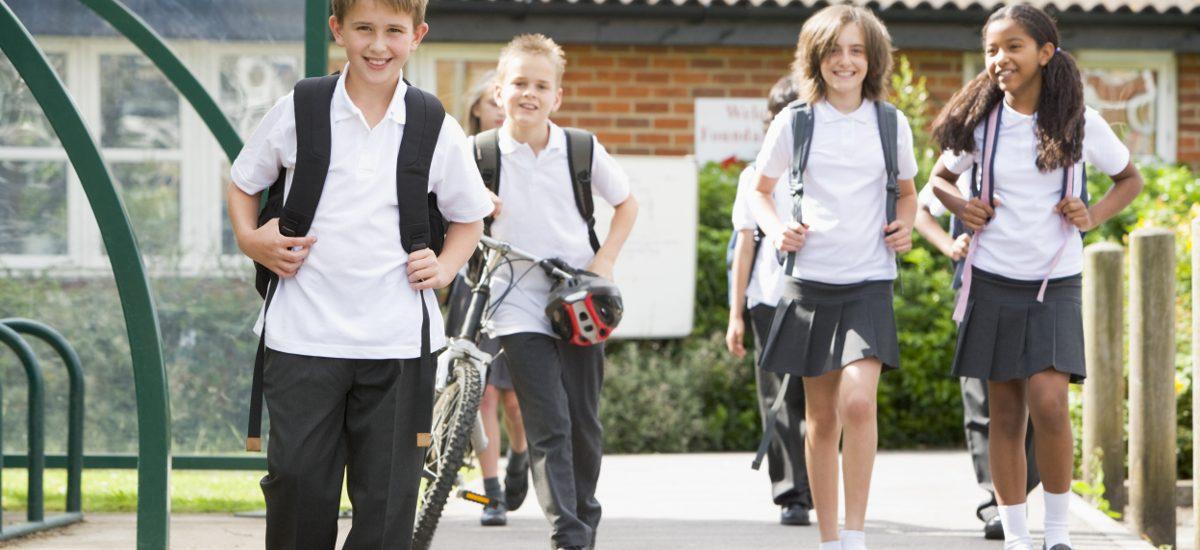 Za puszczanie dziecka samego do szkoły grozi mandat