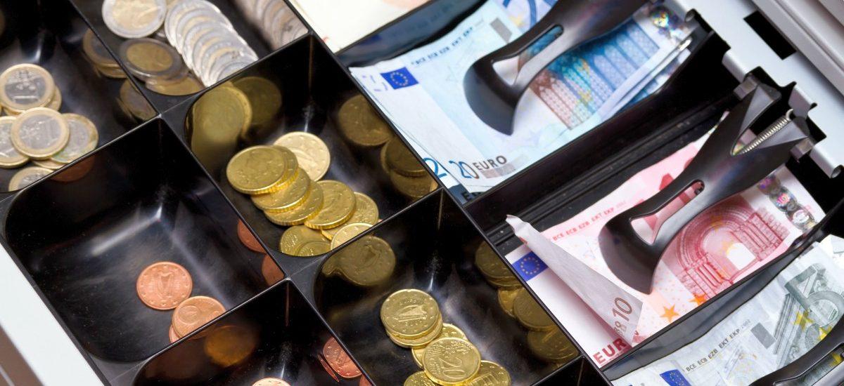 Będę winna grosika – czy sklep zawsze musi mieć drobne?