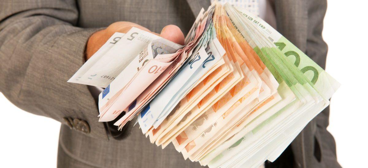 SK Bank – o bankructwie banku, które ignorują media. Potencjalne problemy Dolcanu?
