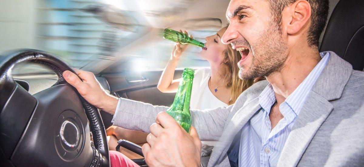 Odurzony kierowca ponosi wszelkie koszty związane z wypadkiem, do którego doprowadził