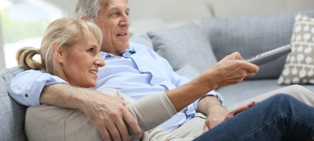 Rząd rozważa wprowadzenie abolicji abonamentowej dla seniorów