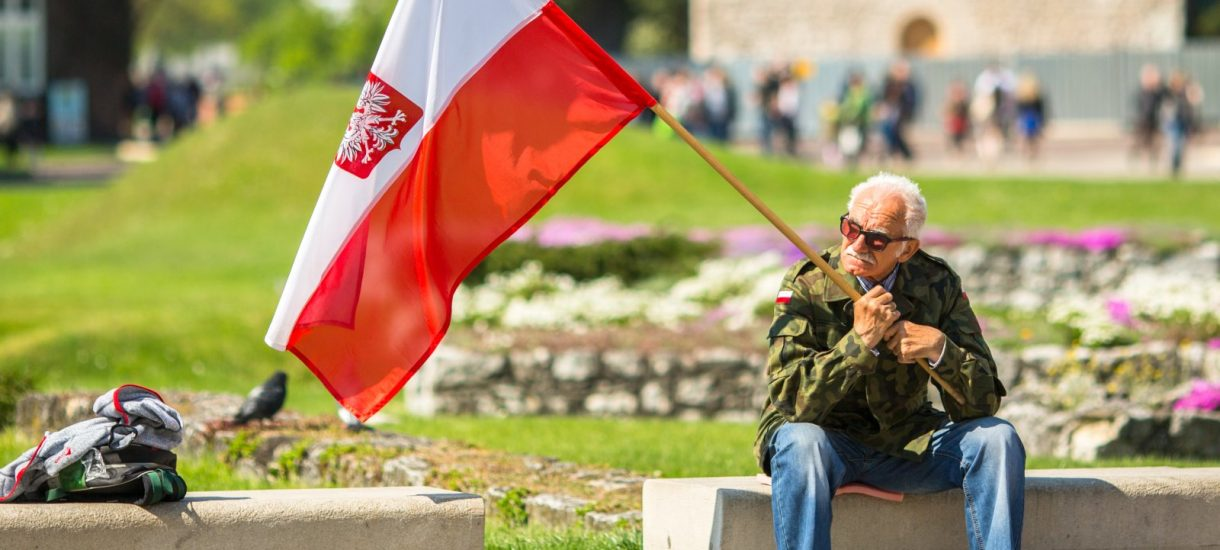 Asysta honorowa wojska na miesięcznicach smoleńskich, czyli upolitycznianie armii