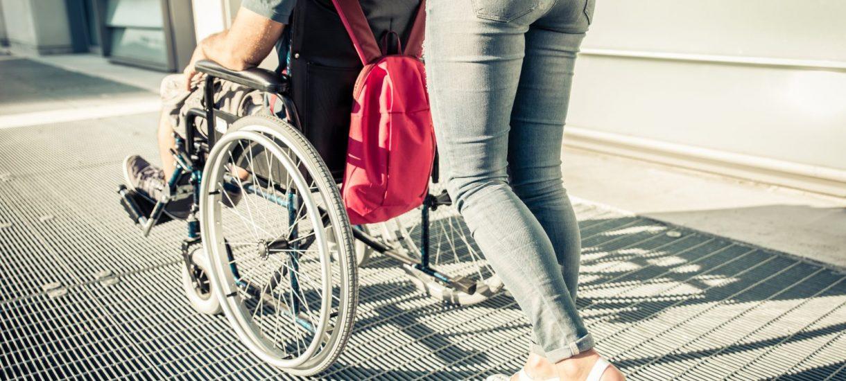 300 zł miesięcznie zasiłku celowego na seks nie przysługuje niepełnosprawnemu renciście