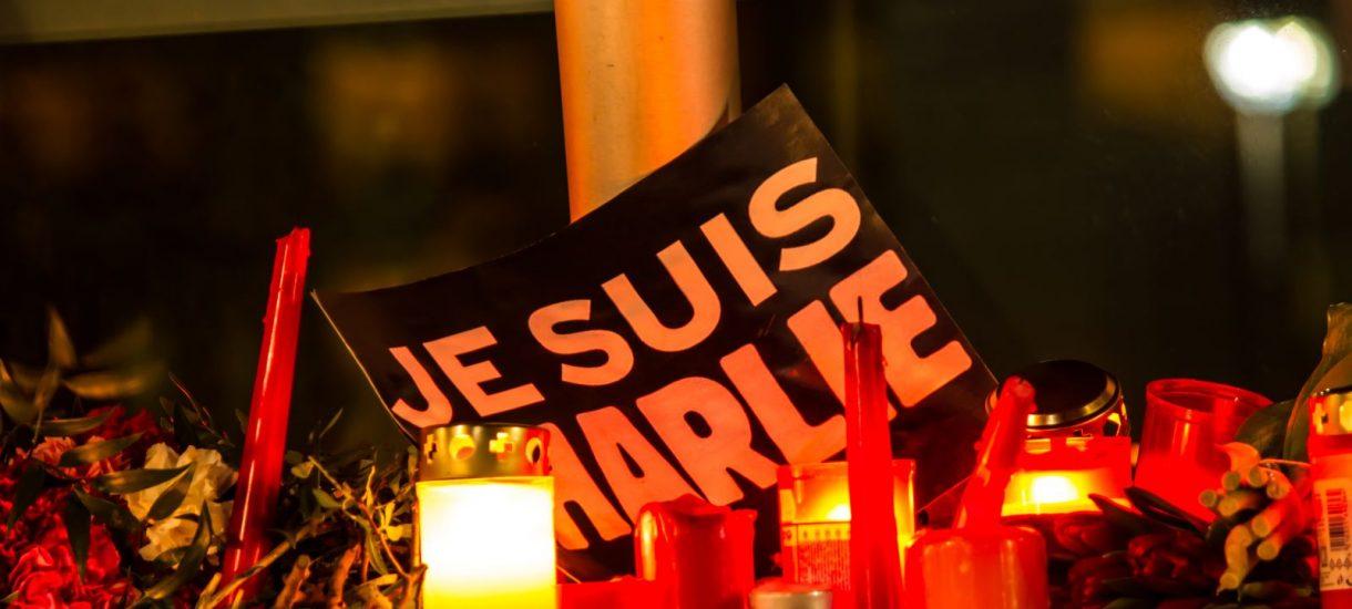 """""""Charlie Hebdo"""" znowu szokuje"""