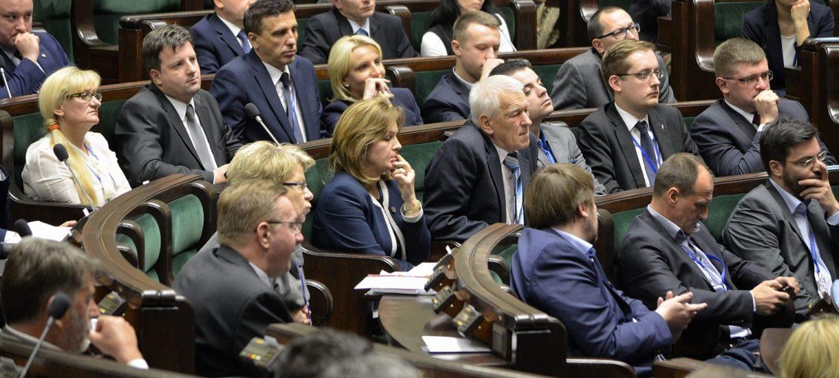Posłowie Kukiz'15 nie chcą zagranicznych służb na terenie Polski