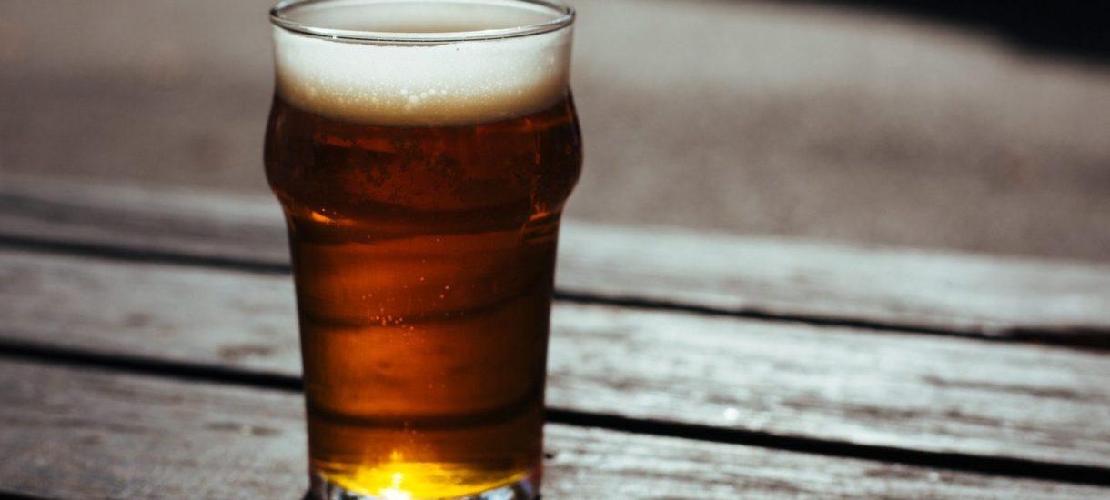 Piwo i wino są zbyt tanie dla młodzieży, więc czeka nas podwyżka nawet o kilka złotych