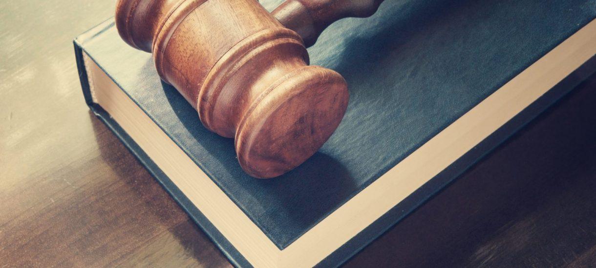 Sądy w Polsce nareszcie są wolne. Dosłownie – na orzeczenie czeka się coraz dłużej