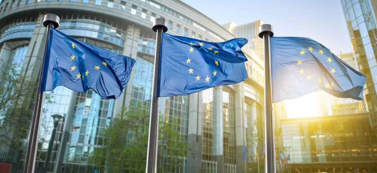 Na czym polega procedura ochrony państwa prawa wdrożona przeciw Polsce przez KE