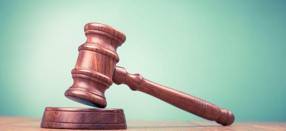 Czy zarobki sędziów powinny być publicznie jawne?