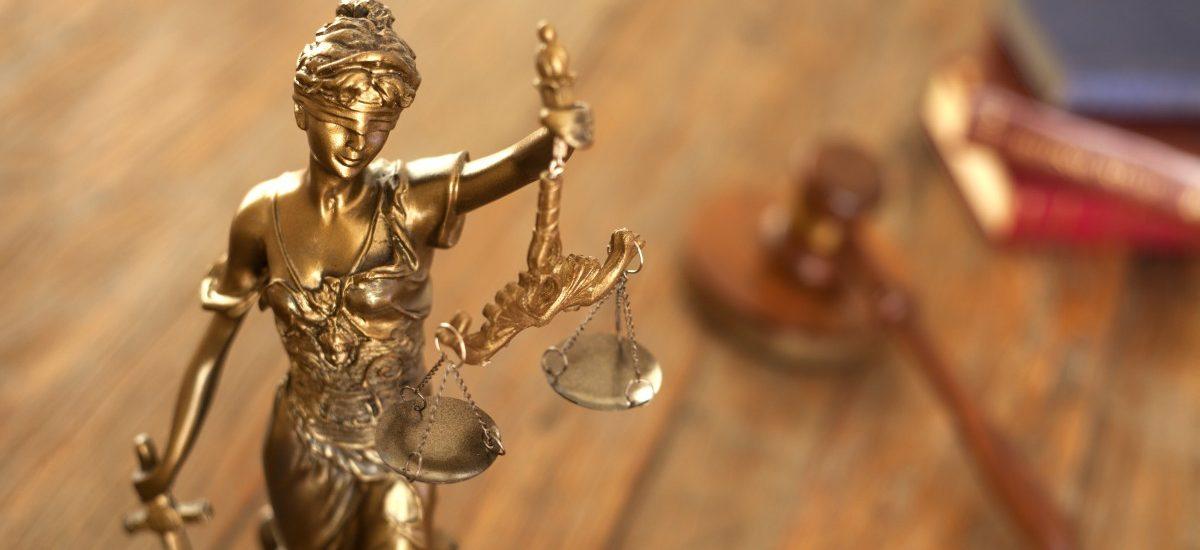 Trybunał Konstytucyjny powinien rozpatrywać sprawy po kolei? To nie jest dobry pomysł…