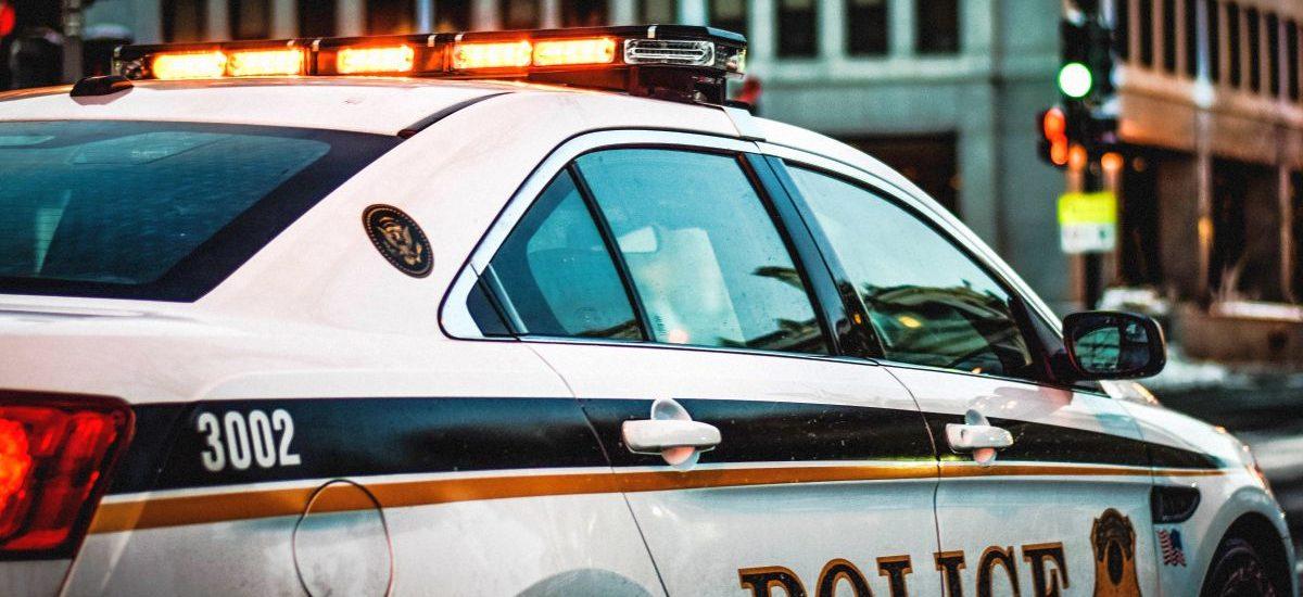 Po wypadku policja sprawdzi, czy kierowca korzystał ze smartfona