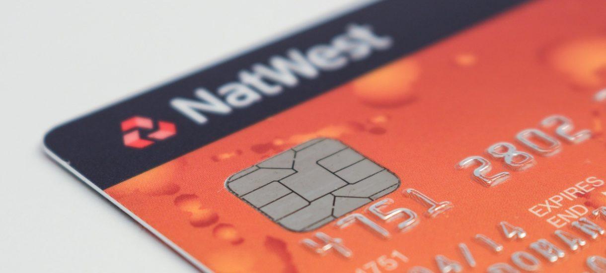 Dlaczego w całym kraju nie działają karty płatnicze?