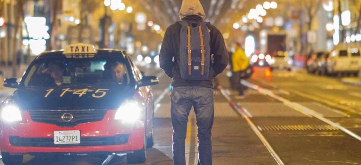 Dlaczego ludzie nie ufają taksówkarzom?