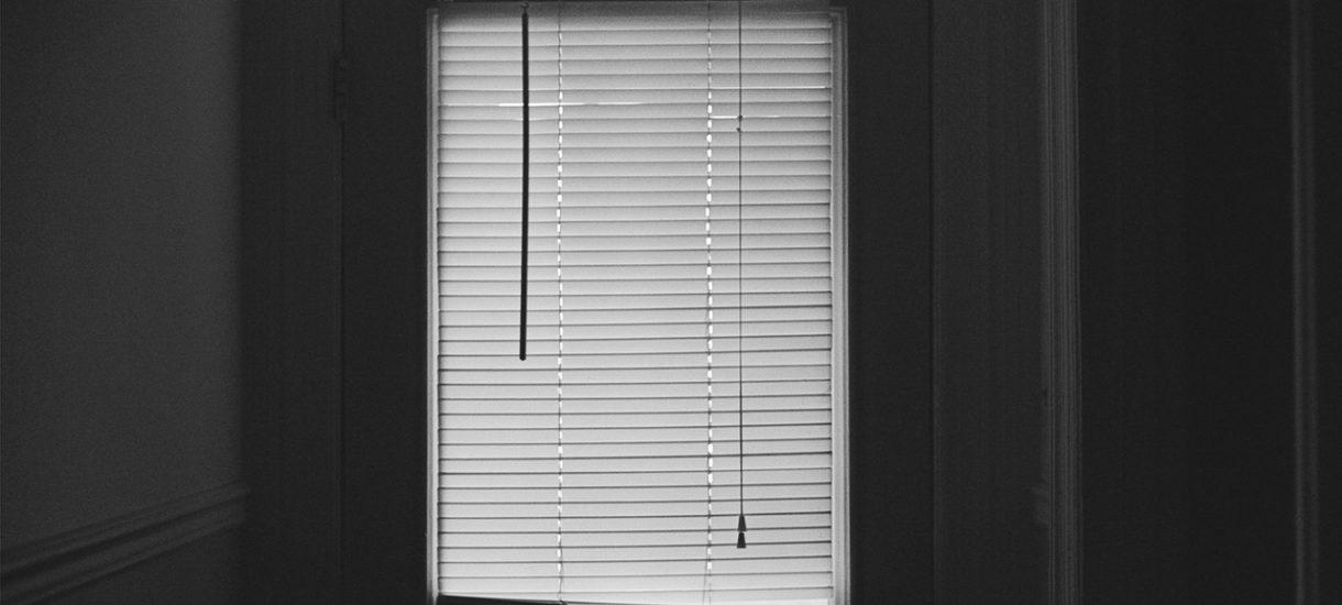 Niewidoma poręczyła kredyt – zlicytowano jej mieszkanie