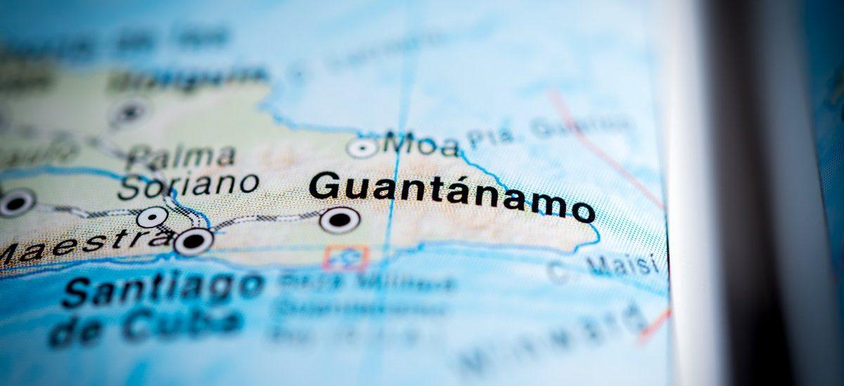 USA i Kuba się nie lubią. Skąd zatem amerykańska baza Guantanamo na Kubie?