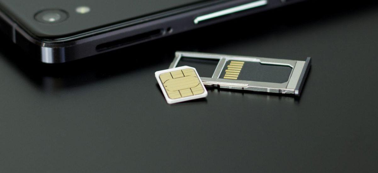 """""""Sprzedam zarejestrowane karty SIM"""". Czarny rynek kwitnie"""